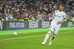 巴塞罗纳登贝勒出现在翻车的水平 看了近2万名球迷欧洲杯足球