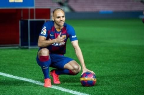 【西甲】加雷斯重伤瓦伦西亚急签后卫 西甲后卫卡莱罗上榜